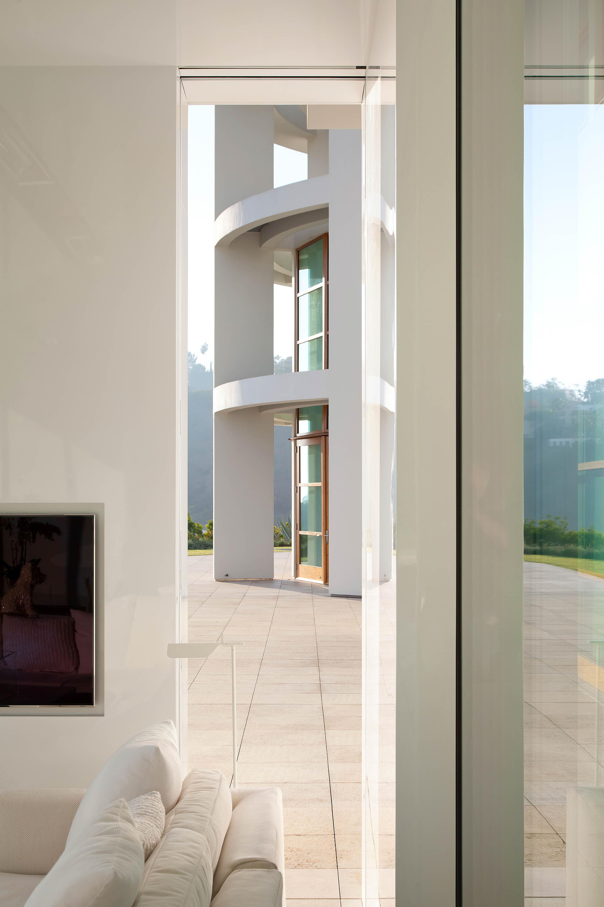 Air Frame Pavillion - Rios Clementi Hale Studios