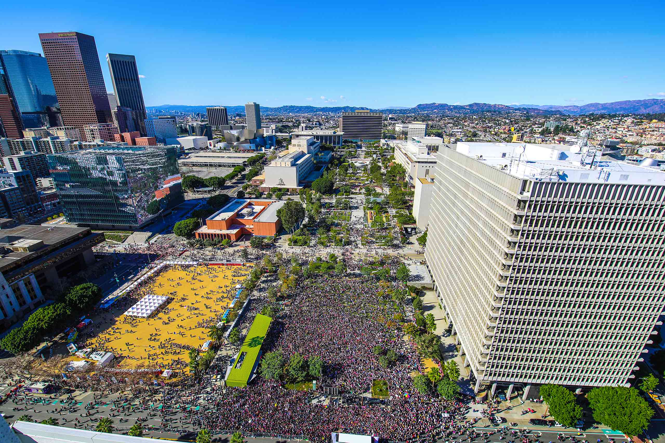 Aerial view of women's march in Grand Park