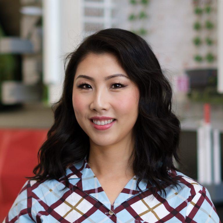 Xixi Lee Headshot